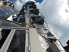 Nicht gerade  eben Gehry