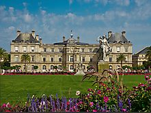 Schlossgaten mitten in Paris