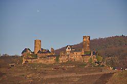 Burg gerichtet