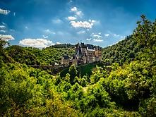 Burg Eltz Totale