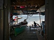 Blick durchs Bootshaus