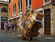 Paketservice in Venedig
